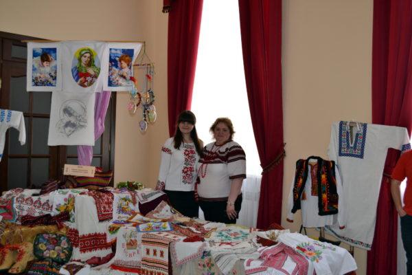 Український етнічний бренд - вишивка