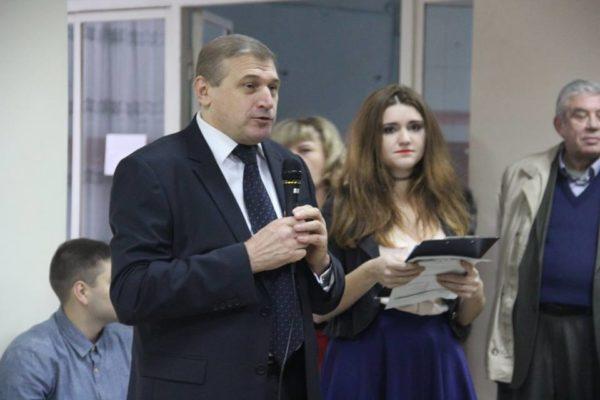 декан факультету Володимир Гаврилишин