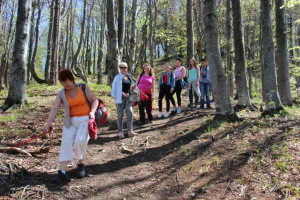 Туристичний похід на гору Лопата