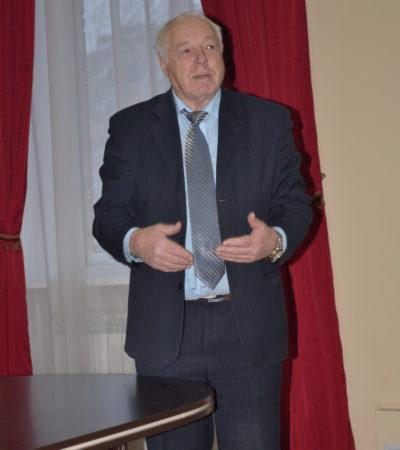 Віктор Апопій