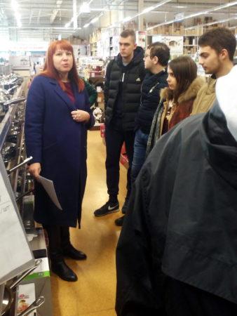 Навчання у торговому  центрі  «Епіцентр К»